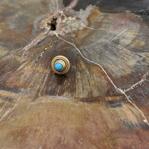 14k Y Gold Thread-less end with Turquoise